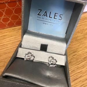 Zales double diamond heart stud - NEW!